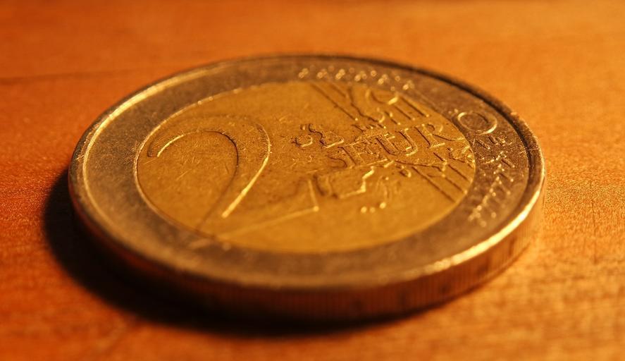 dvoueurová mince